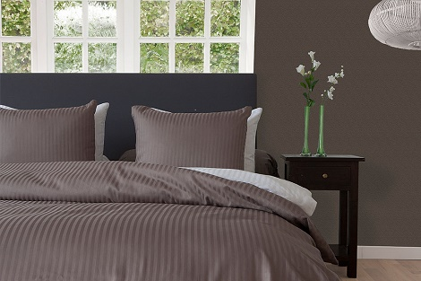 TAUPE GREY_Refined Satinstripe_NL_LR hotelstreep satijn collectie slk theo bot hotelcollectie